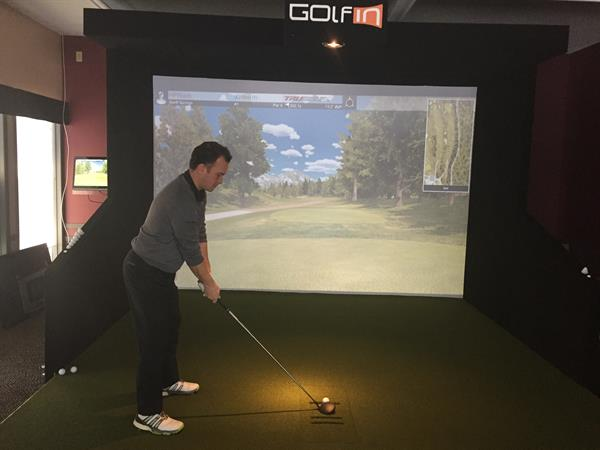 Indoor Golf at Stony Plain Golf Course