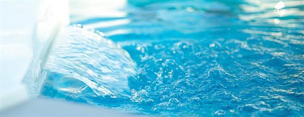 Gallery Image Hot_Tub_Water_1.jpg