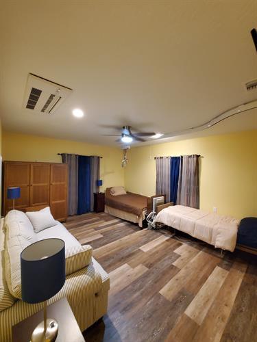 Tiff's Place Bedroom (Druids Glen Room)