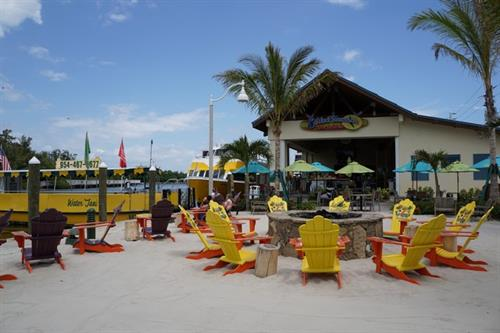 Gallery Image 5_o'_Clock_Somewhere_at_Margaritaville.jpg