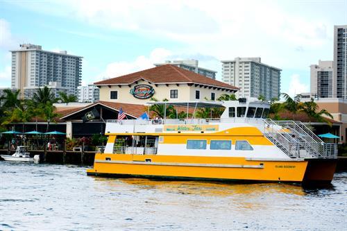 Gallery Image Bokampers_Island_Boat_511819Brandy.jpeg