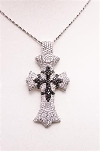 Cross Pendant at Plus Platinum jewelry