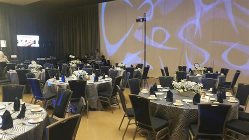 Mezzanine set for small banquet