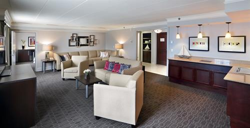 Commodore Suite for small meetings and events.