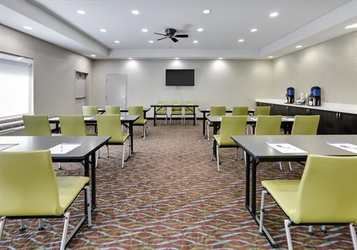 Contact us today to book our versatile meeting space.
