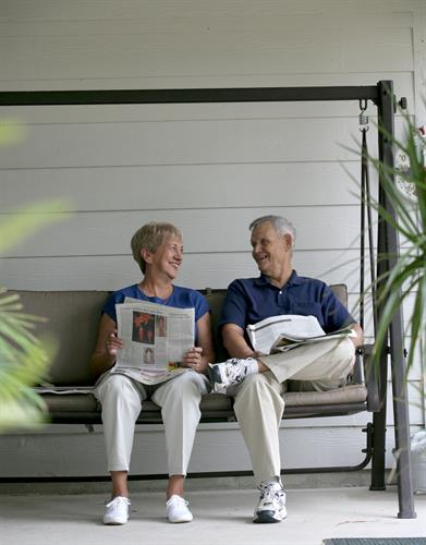 Gallery Image Elderly_Couple_on_Swing-High_Resolution.jpg