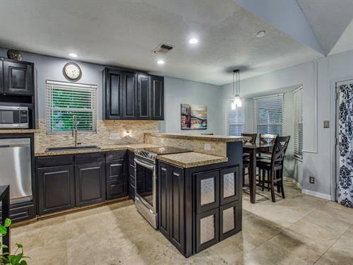 452 Normandy Lane Listed and Sold in 2018  Great Kitchen!