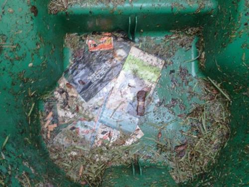 Nasty, dirty, smelly trash bin!
