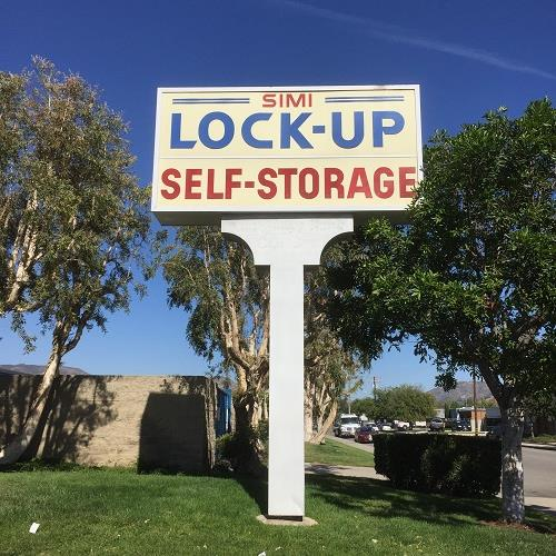 Simi Lock-Up marquee