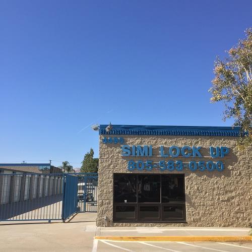 Simi Lock-Up entrance