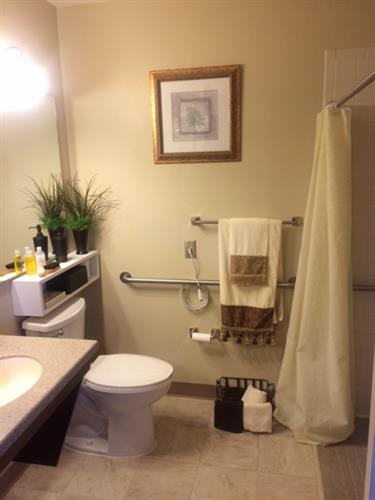 Gallery Image bathroom_new.JPG