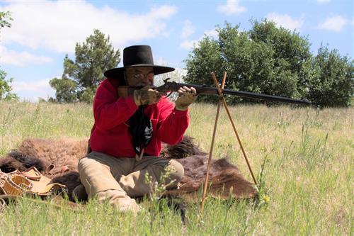 Frontier Hide Hunters: Materials, Methods and Mooar
