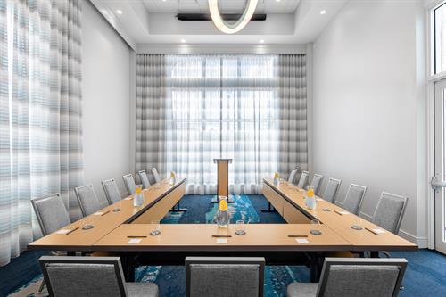 Intracoastal Meeting Room