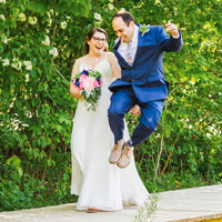 Groom kicks up his heels, Schlitz Audubon Nature Center, Bayside, WI