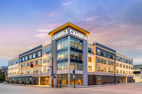 Cambria Milwaukee Downtown