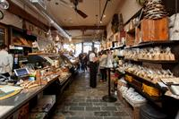 Inside the Fromagination shop