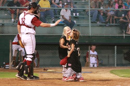 Wisconsin Rapids Rafters - kids run the bases