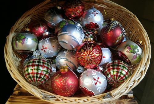 Gallery Image bulbs.jpg