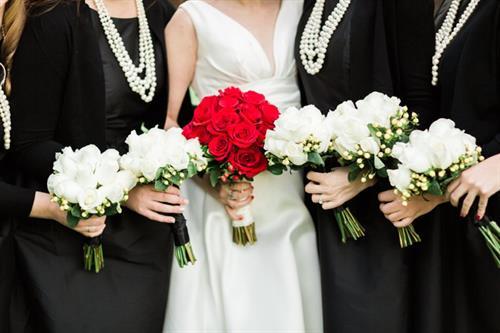 Gallery Image 24-wisconsin-rapids-winter-wedding-photos.jpg