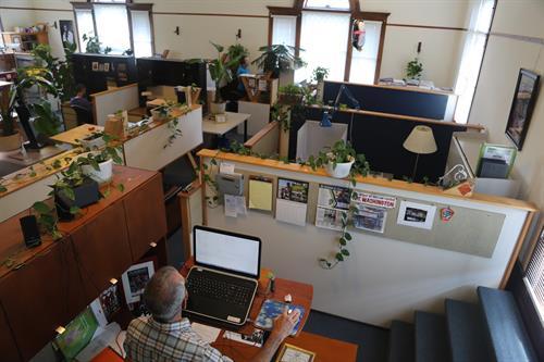 Gallery Image 222_Palladian_mike_working.jpg