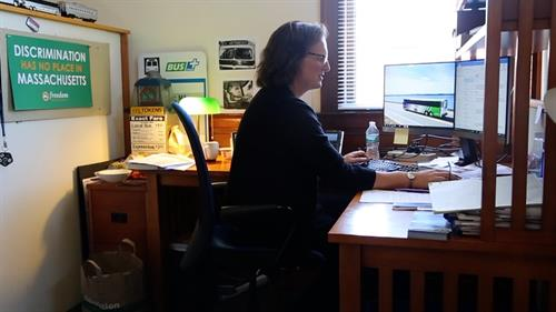 Gallery Image 338_connie_cubicle.jpg