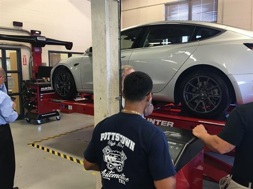 FPE helps fund an alignment machine for the PSD Automotive Technology class.