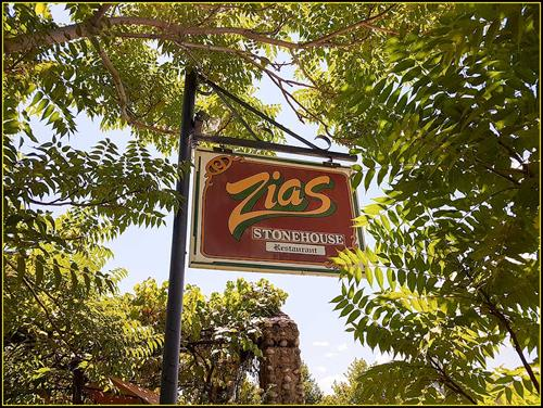Zias_Stonehouse_Restaurant_Like_Going_to_Your_Aunts_for-Lunch