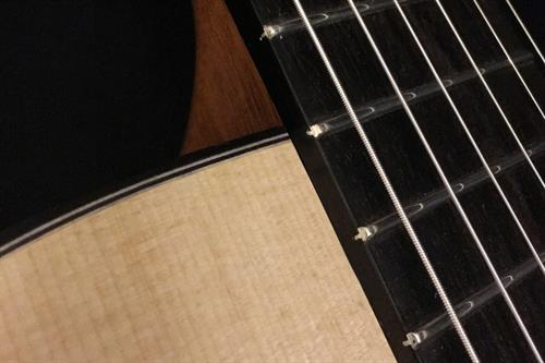 Gallery Image 14-Fret-Connection-Nomad-Gypsy-Jazz-Guitar.jpg
