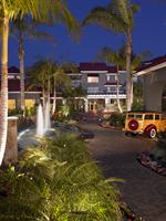Experience a warm welcome year-round at the Laguna Cliffs Marriott Resort & Spa.