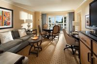 Welcome to next-level accommodation in Dana Point. Pamper yourself in SoCal style with the added elegance and charm of an Executive Suite.