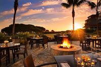 Vue Restaurant's breathtaking outdoor patio lets you drink in one of our famous West Coast sunsets as you dine on fresh Californian cuisine.