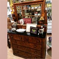 Gallery Image Antique_Scotch_Dresser.JPG