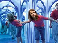 Lose yourself in Hannah's Maze of Mirrors