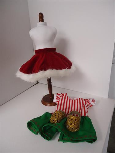 Mrs. Claus' outfit.