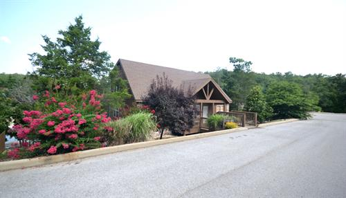 1-Br Lakefront Cabin in Stonebridge