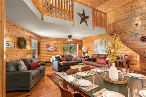 Cabins in the heart of Branson at Branson Woods Resort.