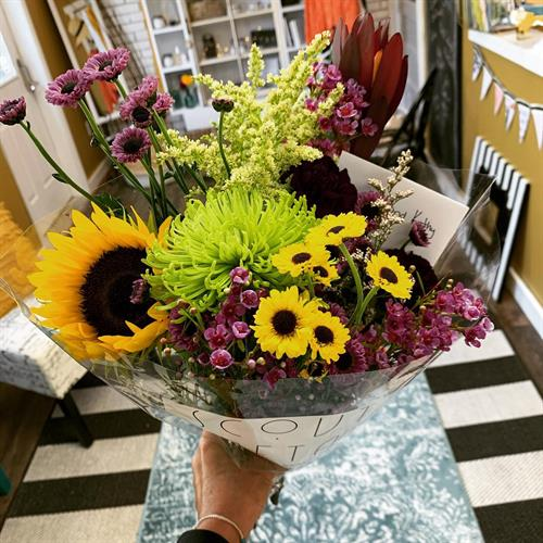 Gallery Image Scout_bouquet.jpg