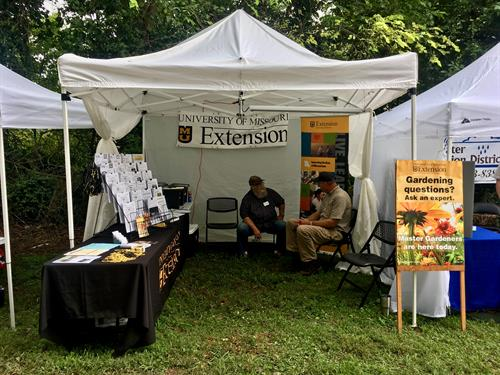 Master Gardeners and MU Extension Specialists provide expert advise at the Crane Broiler Festival