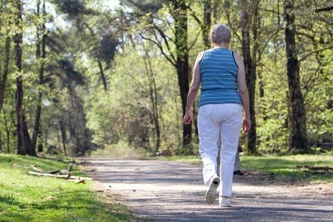 Walk With Ease is a program available at no cost to teach the relationship between walking and reduced arthritis pain