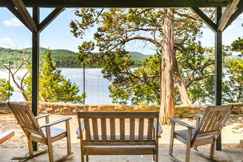 Hideaway Resort is the perfect hideaway!