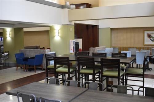 Mezzanine Breakfast Area