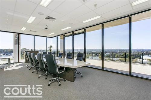 Gallery Image coutts_office.jpg