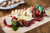 Cheese & Charcuterie Plate