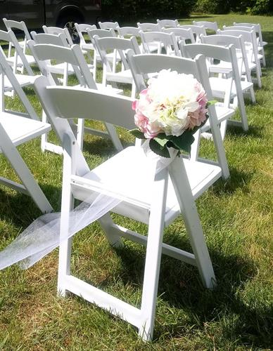 Gallery Image wedding_chair.jpg