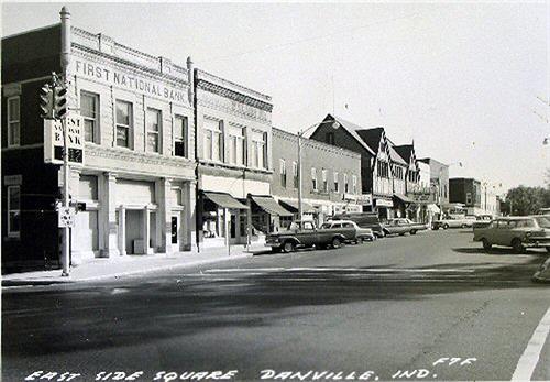 Gallery Image eastsidesquare1950s_2.jpg