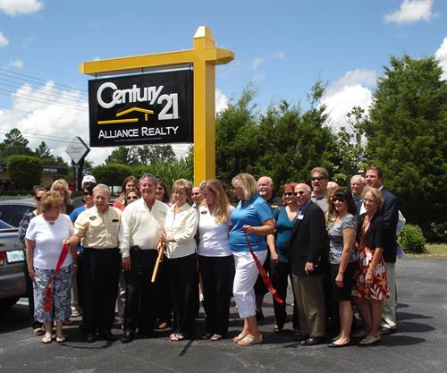 Ribbon Cutting Spring Hill Office