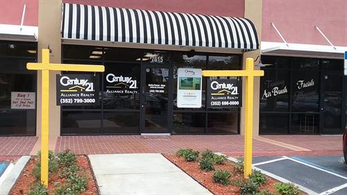 Store Front Office Brooksville