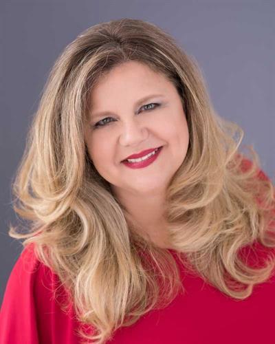 Attorney Lauren Calta