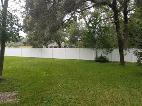 Vinyl fence installation Spring Hill