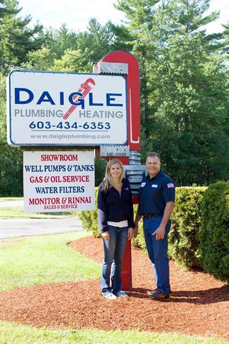 Brother & Sister Team - Warren Daigle & Amy Ebbett